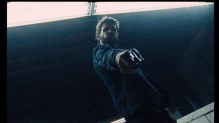 a1_Liam Hemsworth in KILLERMAN