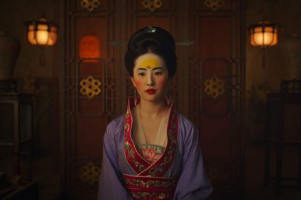 mulan_liu_yifei_prepares_to_meet_with_the_matchmaker.0