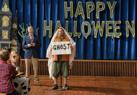 Hubie Halloween, Adam Sandler as Hubie Dubois.Cr. Scott Yamano/NETFLIX ©2020